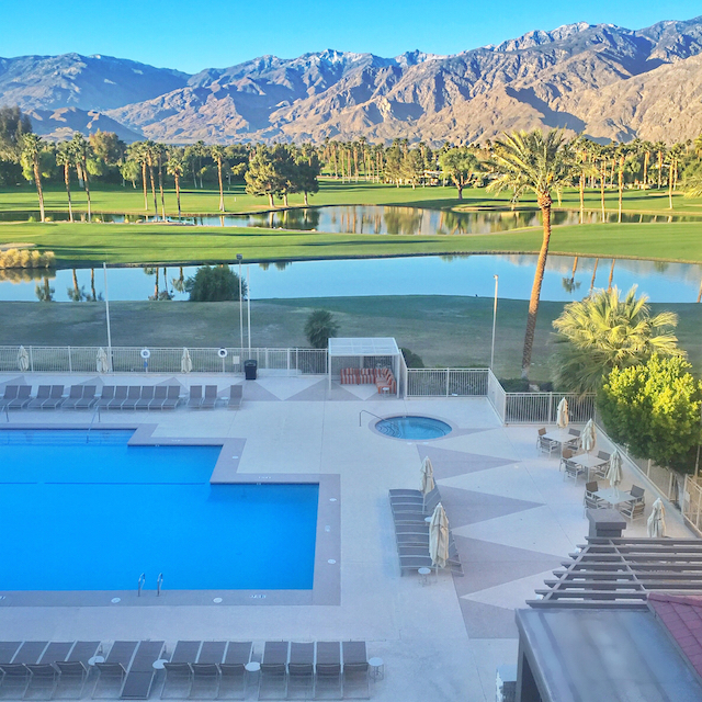 doubletree palm springs balcony view