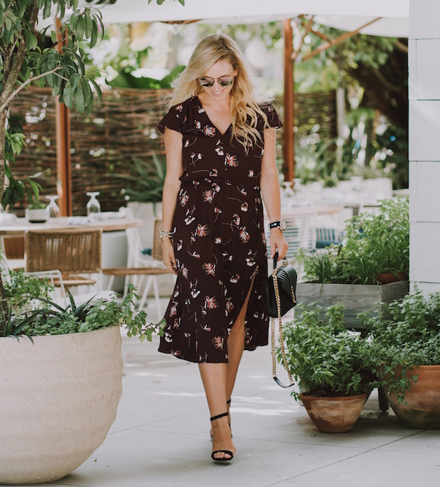Fashion blogger Nikki Minton of My Style Diaries wearing a floral midi dress for easy date night or Valentine's Day style.