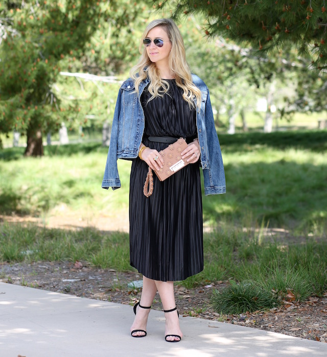 Orange County fashion blogger Nikki Prendergast of My Style Diaries in the perfect date night dress from Banana Republic.
