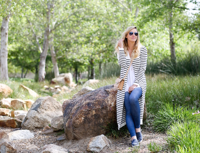 Orange County fashion blogger Nikki Prendergast of My Style Diaries in lucy activewear leggings, cabi cardigan, and dr. scholl's shoes.
