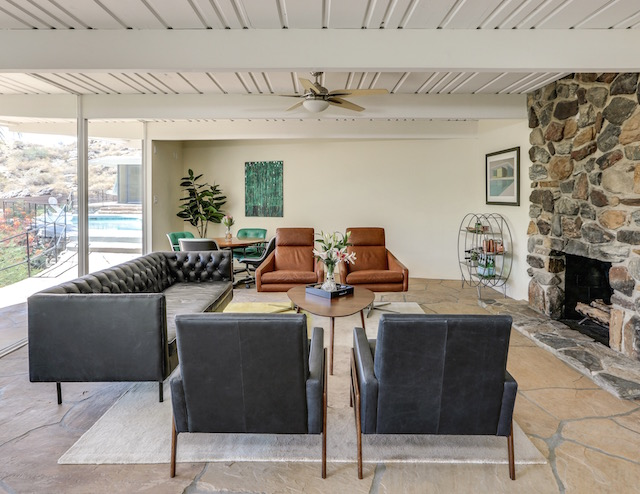 Mid-century modern living room in Palm Springs