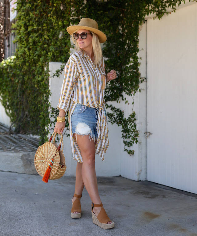 Forever 21 striped tunic, Free People shorts, Sam Edelman bag, Marc Fisher wedges | My Style Diaries blogger Nikki Prendergast