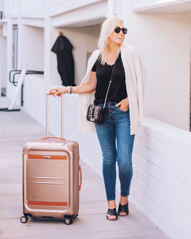 Madewell jeans on sale in Nordstrom Anniversary Sale   My Style Diaries blogger Nikki Prendergast