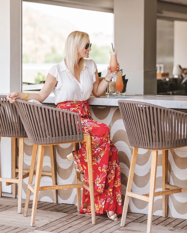 Best wide leg pants for summer   My Style Diaries blogger Nikki Prendergast at the Rowan Palm Springs