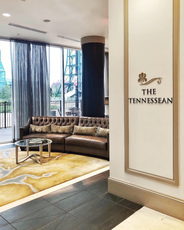 The Tennesseean Hotel in Knoxville, Tennessee | My Style Diaries blogger Nikki Prendergast